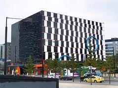 1010 La Trobe Street, Melbourne (Oriolus84) Tags: city white black building architecture office australia melbourne victoria docklands bluecircle digitalharbour port1010 cafewallillusion 1010latrobestreet