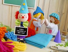 Vamos colorir o Carnaval? (Ateliê Bonifrati) Tags: birthday carnival party cute colors diy craft carnaval festa aniversário template tutorial pap molde pompom passoapasso bonifrati