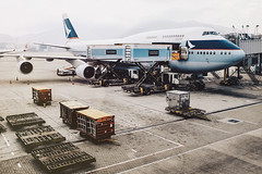 Chek Lap Kok (tropeone) Tags: travel hongkong airport asia pacific terminal lap international fujifilm boeing cathay hkg 747 jumbo kok chek b747 oneworld x100s
