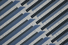 Full Solar Power (Aerial Photography) Tags: schnee winter snow by bayern deutschland linie technik solarpanel row aerial line diagonal nm deu mhlhausen luftbild diagonale alignment 05022005 powerlight solarpower luftaufnahme opf solarenergy parallele sunpower reihe photovoltaics solarenergie solarfarm photovoltaik solarpark 6934010w mhlhausenlkrneumarktidopf solarplant elektroindustrie solarfield solarfeld fotoklausleidorfwwwleidorfde freilandanlage mhlhausenlkrneumarktido 20d04155