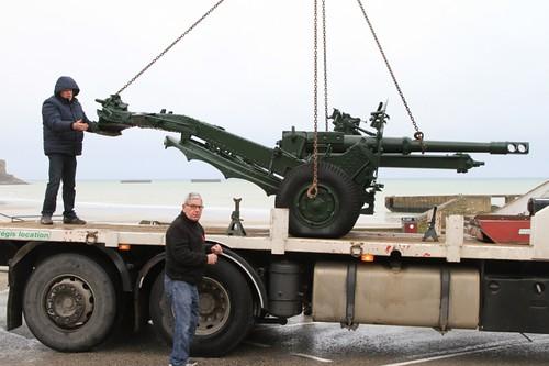 Arrivée d'un canon 25 pounder