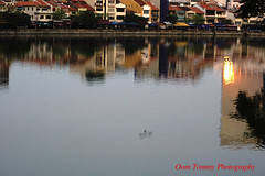 the upside down (tomzcafe) Tags: singapore singaporeriver supertakumar5518 400d
