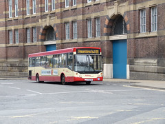 Halton 8 160401 Liverpool (maljoe) Tags: halton haltontransport haltonboroughtransport