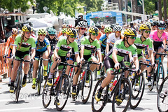 Cylance Riders Start Together (Garrett Lau) Tags: bicycle cycling women racing sacramento amgen criterium stage4 2016 circuitrace tourofcalifornia alisontetrick kristadoebelhickok womenscircuitrace sacramentocircuitrace amgenbreakawayfromheartdiseasewomensrace