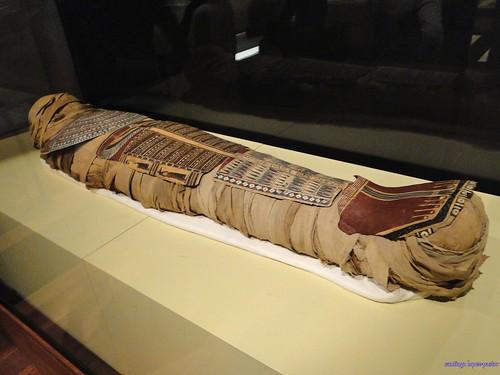 Momia de mujer (Museo Arqueológico Nacional)