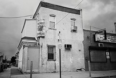 DSR1-E020 (David Swift Photography Thanks for 16 million view) Tags: signs film philadelphia 35mm urbandecay streetphotography vacant ilfordxp2 outofbusiness oldsigns yashicat4 pointbreeze davidswiftphotography