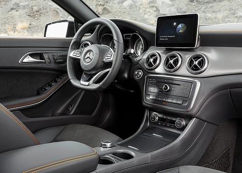 Mercedes-Benz CLA Shooting Brake OrangeArt Edition