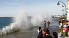 Attention a la vague (jchaffaux) Tags: mer bretagne vague saintmalo mare