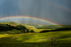 Italian rainbow - doppio (madmtbmax) Tags: italy storm green field rain dark 50mm rainbow italian nikon view double tuscany bauer farmer toscana landschaft thunder dunkel cretesenesi doppio doubled countryisde d700