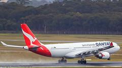 Qantas A330-202 VH-EBR Lockyer Valley kicks up the spray leaving Rwy 34 (Graham Mahoney) Tags: canon is 300mm ii f28 tullamarine 1dmarkiv 1dm4