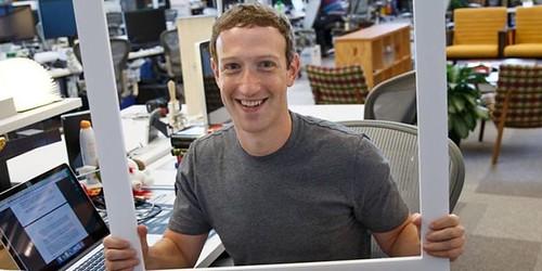 Mark Zuckerberg tapa su webcam con cinta adhesiva, From FlickrPhotos