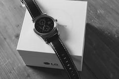 LG Watch Urbane (Magnus Jonasson) Tags: white black box watch lg timepiece electronics lge urbane smartwatch