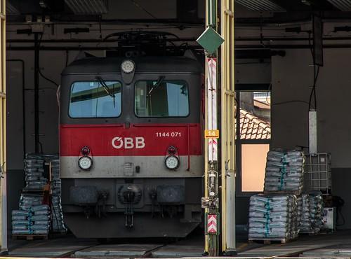 "0998_2016_05_21_Österreich_Salzburg_Traktion_ÖBB_1144_071_""Sandfloh"""