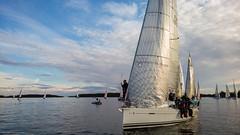 Bianco lhtviivalla (Antti Tassberg) Tags: sea sport espoo sailing yacht offshore microsoft regatta bianco xl meri sailingboat 950 lumia purjevene purjehdus haukilahti alandia suursaarirace pureview iphoneography lumia950 lumia950xl