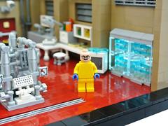 Superlab (Disco86) Tags: show walter white tv lab lego crystal interior barrel bad laboratory series rv camper meth breaking moc heisenberg greeble