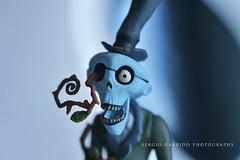Muahahahahahahahaha !!!! (yeryi) Tags: blue macro eye azul ojo death skull scary nikon sigma esqueleto horror terror 105 miedo timburton calavera corpsebride 105mm lanoviacadaver muahahahahahahahaha d700