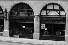 Doctor Duncans (Stephen Whittaker) Tags: white black liverpool pub nikon doctor brewery cains duncans d5100 whitto27