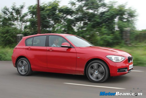 2013-BMW-1-Series-32