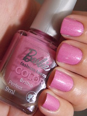 Perfect - Barbie (Natalia Breda) Tags: barbie rosa outubrorosa esmaltenacional