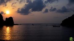 Sunrise Aden veiw 01 (Asem ben break) Tags: city sea sky cloud sun mountain reflection beach nature silhouette sunrise dawn boat nikon shine ngc adventure aden ngs fga flickraward d5100