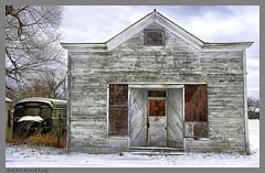 A MONTANA HOUSE (akahawkeyefan) Tags: house snow bus montana decrepit rundown davemeyer