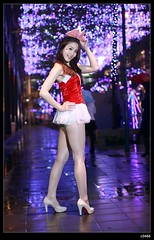 nEO_IMG__MG_1777 (c0466art) Tags: christmas light reflection cute wet lamp girl smile rain female night canon colorful asia gorgeous attractive lovely charming decroration 5d2 c0466art