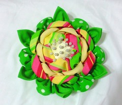 bright_flower_emery_pincushion_by_eruwaedhielelleth-d75v67r (EruwaedhielElleth) Tags: flowers hair japanese pin clip maiko ornament fabric hana geisha accessories folded tsumami kanzashi zaiku imlothmelui