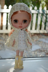 Look at me being all friken adorable in my new Annie Dollz outfit! :)