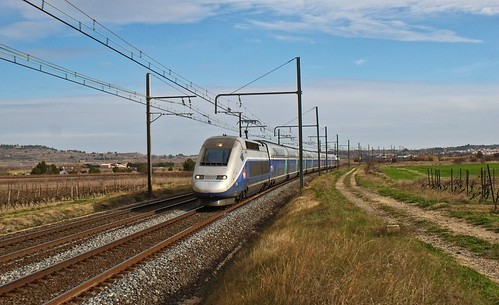 SNCF TGV Nissan-lez-Enserune by eldelinux, on Flickr