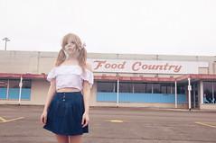 (yyellowbird) Tags: selfportrait girl illinois lolita cari rockford foodcountry