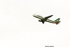 Alitalia in Partenza (anthos2.0) Tags: white colour me canon fly italia follow calabria followme canon600d follow4follow