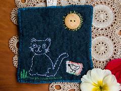 sinnfreie Stickerei (bornschein) Tags: flower bird cat handmade fabric myhandmade sewrecycled