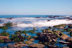 (Bernardo Guzman Roa) Tags: mar playa roca ola 2015 laraquete
