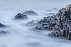 Foggy Causeway (jigasta) Tags: longexposure sea seascape water fog giant agua rocks stones cobblestones northernireland giants finn legend giantscauseway rocas causeway piedras leyenda largaexposicion mccool volcanicrocks finnmaccool bigstopper jigasta