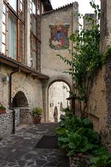 Garden of San Daniele Comboni, Limone sul Garda (GardenTraveller) Tags: italy garden gate san garda courtyard missionary limone sul daniele missionari comboni comboniani
