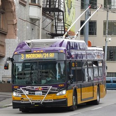 King County Metro 2015 New Flyer XT40 4381 (zargoman) Tags: seattle county travel bus electric king metro trolley transportation transit kiepe elektrik kingcountymetro newflyer lowfloor xcelsior