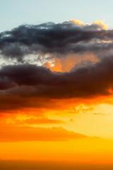 Pr do sol na Serra da Moeda (Johnny Photofucker) Tags: sunset sky cloud clouds tramonto nuvole nuvola cu prdosol cielo nuvens nuvem astratto abstrato entardecer abstration serradamoeda