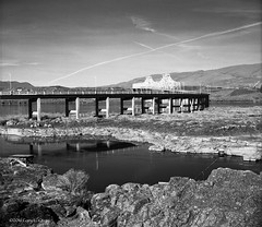 Salmon Bridge, The Dalles, Oregon, March 2016 (Gary L. Quay) Tags: bridge film oregon zeiss river salmon columbia hasselblad carl infrared gorge dalles 500cm