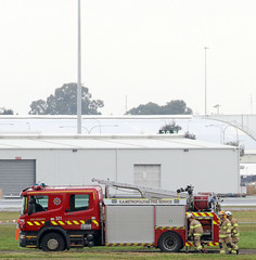 Salisbury 321 crew getting water (adelaidefire) Tags: rescue fire airport aircraft air south australian australia ambulance adelaide service sa asa fighting metropolitan services 1003 scania mfs saas arff samfs ypad liquip