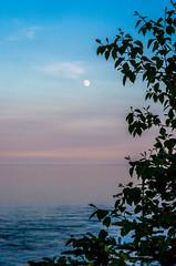Moon rising over Lake Superior || Summer 2014 (manaelm1) Tags: sunset moon lake nature minnesota greatlakes northshore lakesuperior