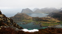 Offersya view (MikyAgo) Tags: sea panorama costa beach norway circle landscape island islands nikon mare view pano north lofoten artic spiaggia norvegia nord circolo artico isola lofotenislands articcircle 2016 isole allaperto d80 isolelofoten mikyago