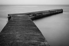 Long exposure (Christophe A.) Tags: longexposure sea bw mer water blackwhite eau nb saintemaxime noirblanc expositionlongue d7100