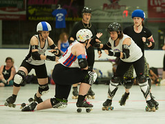 IMG_0446 (clay53012) Tags: ice team track flat arena madison skate roller jam derby league jammer mrd bout flat wftda derby womens track hartmeyer moocon2016