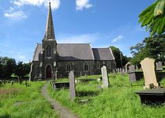 IMG_2195 (Andy panomaniacanonymous) Tags: 20160705 cymru llanfairpwllgwyngyllgogerychwyrndrobwllllantysiliogogogoch northwales photostream llanfairpwllgwyngyll nwales stmaryschurch eglwysysantesfair graves graveyard ggg church ccc