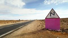 Balise   (habib kaki 2) Tags: sahara algeria algerie panneau sud dsert    laghouat rn1