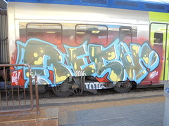 364 (en-ri) Tags: reser tots crew 2016 verde azzurro rosso train torino graffiti writing