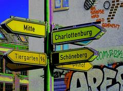 Brauchste Gold? (niedersachsenfoto) Tags: wegweiser hauswand graffiti scheise gold mehringdamm berlin niedersachsenfoto bildbearbeitung verfremdung photoshop