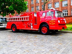 Fire Engine Wade Township (Transaxle (alias Toprope)) Tags: auto show berlin classic cars beauty car vintage nikon power antique voiture historic retro event coche soul carros classics carro oldtimer bella autos veteran macchina carshow coches veterans clasico voitures toprope antigo antigos clasicos