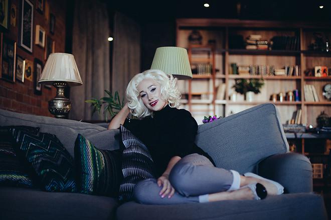 Blonde_121