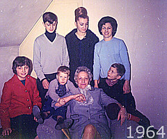 Group4 1964 (TryKey) Tags: robert christina group bamberg glen hannelore oma doris 1964 naylor hanz bamberg14